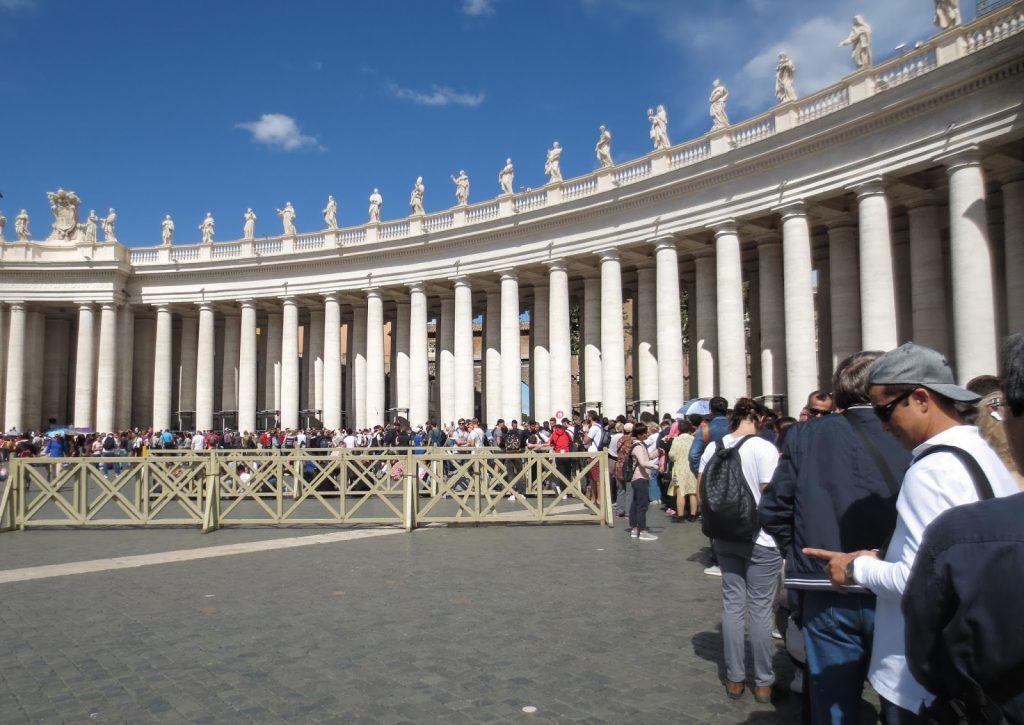 Vatican City Queue