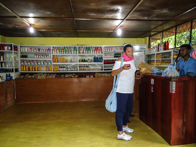 Buying at Spice Garden In Sri LAnka