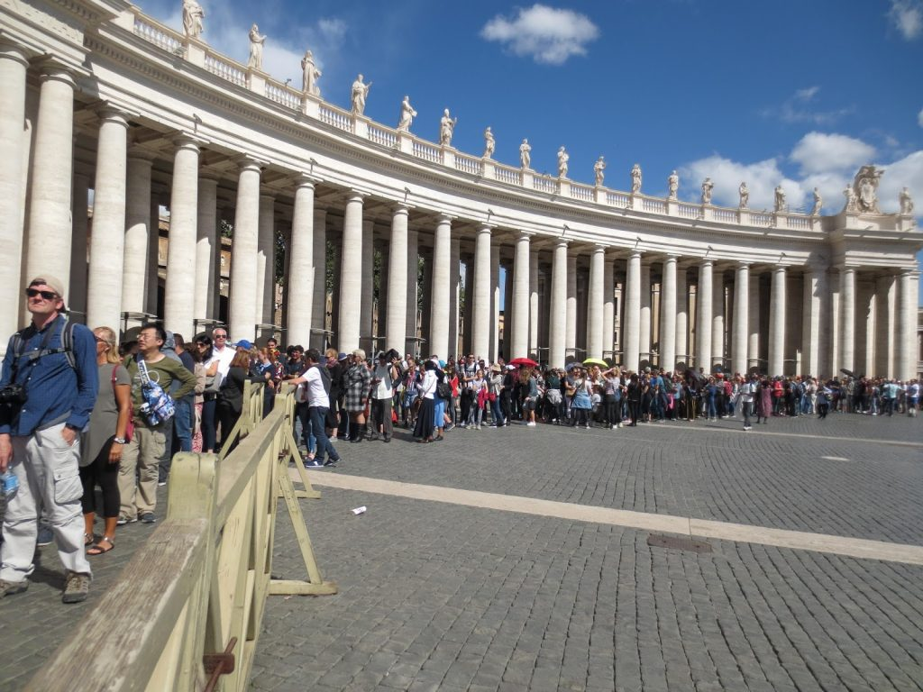 Queue in Vatican City
