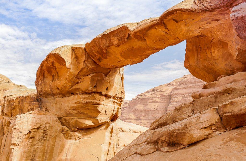 Um Fruth rock bridge in Wadi Rrum