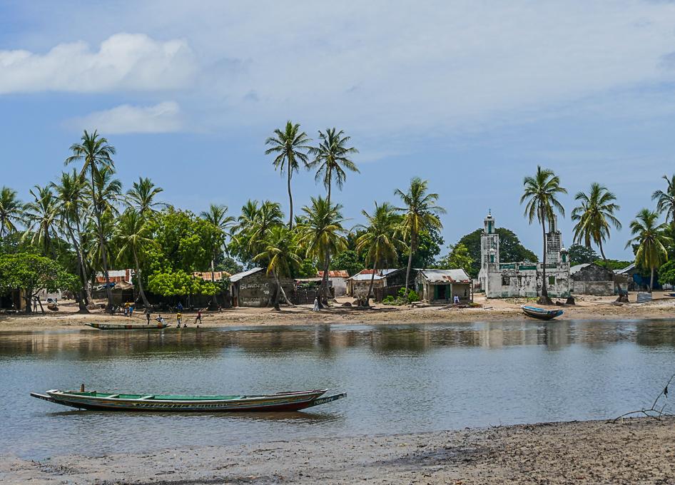 Day trip to Jinack Island